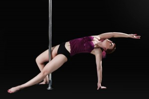 Daniela_pole_art_pose